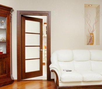 Двери из массива ольхи: главные достоинства материала